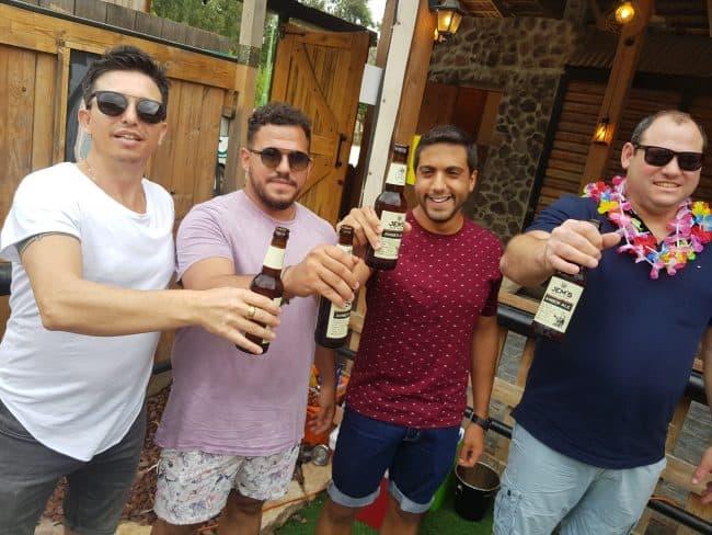 מסיבת רווקים עם אלכוהול